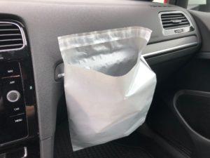 Versandtasche als Abfallbeutel